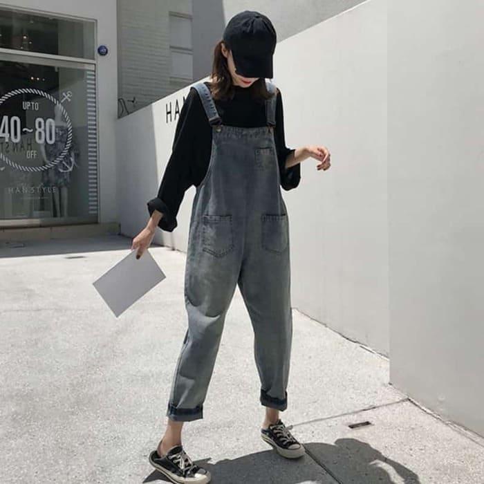 những cách mix đồ với giày converse cổ thấp cùng yếm jeans nữ dễ thương