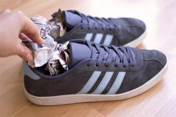 cách khử mùi giày hôi nhanh