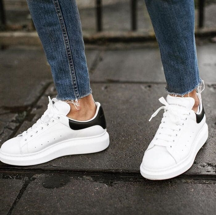 những mẫu giày sneaker đẹp