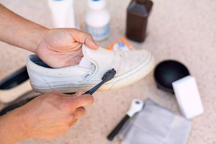 cách giặt giày vans