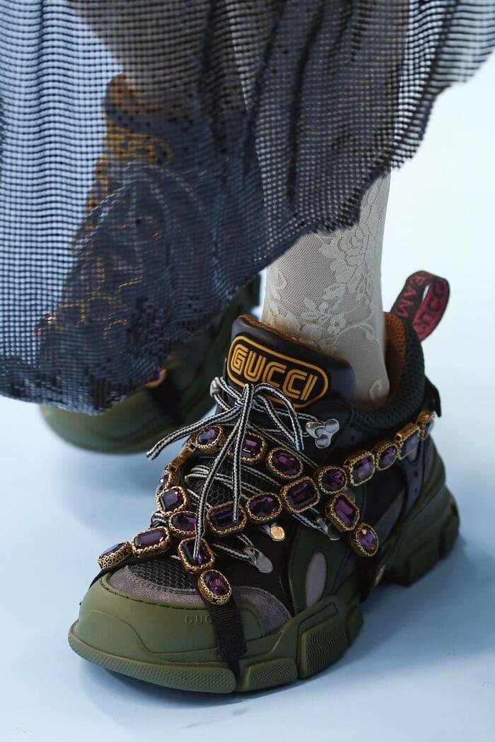 những đôi giày flashtrek sneaker with removable crystal cook ngầy cho nữ
